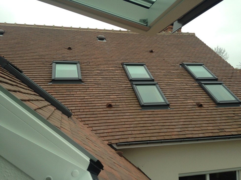 Cr ation de fen tres de toit velux installation velux le for Installer fenetre de toit