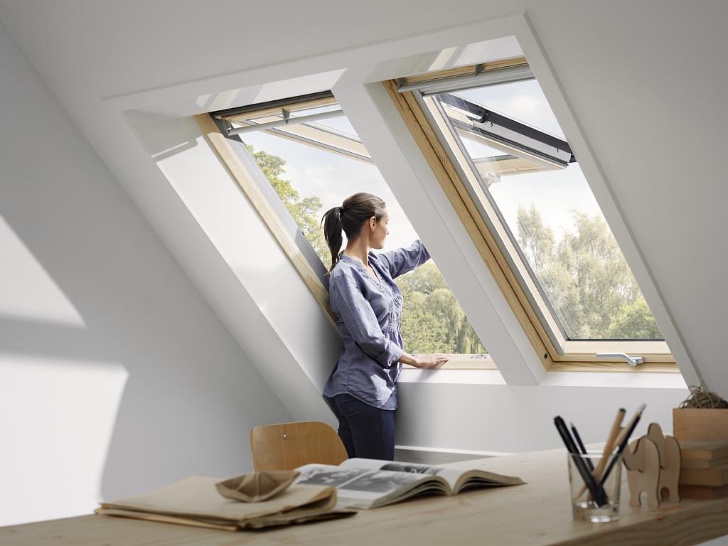 Choisir sa fen tre de toit velux installation velux le for Fenetre de toit balcon