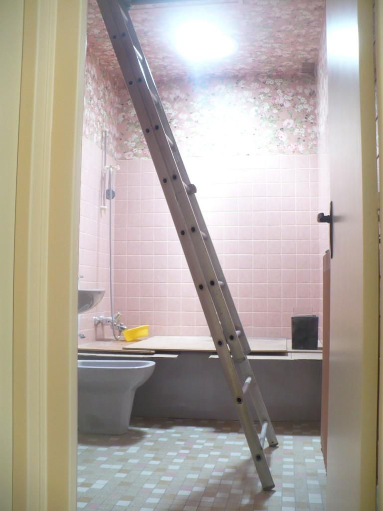 Puits de lumi re velux chantier salle de bain 3 installation velux le mans ng services - Velux salle de bain ...